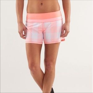 Lululemon Plaid Groovy Run shorts